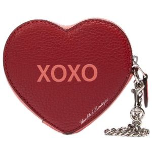 🆕 COACH Heart Be Mine Leather Wristlet Coin Case
